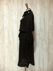 画像6: ヨーロッパ古着 キラリと光るビジューボタン装飾♪ 左肩・ウエストリボン結び!! お洒落な大人ヴィンテージドレス (6)