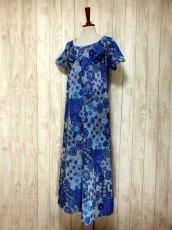 画像2: 花模様織り 衣装にもおすすめ 花柄 ブルー 華やか レトロ 半袖 ヨーロッパ古着 ヴィンテージドレス【5606】 (2)