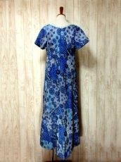 画像5: 花模様織り 衣装にもおすすめ 花柄 ブルー 華やか レトロ 半袖 ヨーロッパ古着 ヴィンテージドレス【5606】 (5)