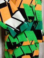 画像10: 70年代 グリーン ブラック ホワイト オレンジ 長袖 ポップ 昭和レトロ 国産古着 レトロセットアップ 【5737】 (10)