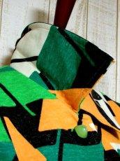 画像8: 70年代 グリーン ブラック ホワイト オレンジ 長袖 ポップ 昭和レトロ 国産古着 レトロセットアップ 【5737】 (8)