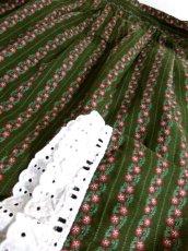 画像8: 小花柄 ストライプ ボーダー グリーン レース ガーリー ディアンドル チロルスカート ドイツ民族衣装 舞台 演劇 演奏会 フォークダンス オクトーバーフェスト 【Y5752】 (8)