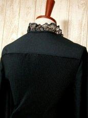 画像6: ヨーロッパ古着 イギリス製!! 素晴らしいプリーツ切り返しデザイン×フリルレース装飾★ ウエストリボン結び★ センス抜群のヴィンテージドレス Black (6)