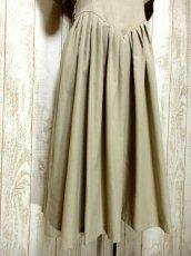 画像9: 綺麗なシルエットでウエストキュッと!!スカートふんわり♪ バックウエストリボン結び!! 大人可愛いヴィンテージワンピース (9)