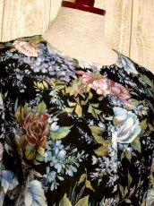 画像3: ティアードデザイン 花柄 ブラック 長袖 レトロ USA古着 ヴィンテージワンピース 【5807】  (3)