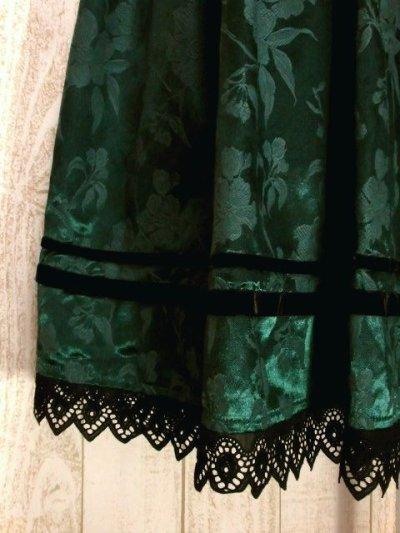 画像2: レトロクラシカルフラワー織り レース・ベルベットリボンテープ装飾 華やか  Green チロルスカート ドイツ民族衣装 舞台 演劇 演奏会 フォークダンス オクトーバーフェスト 【5818】