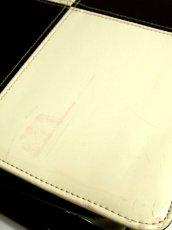 画像14: ☆ エナメル素材×ハートパーツがキュート!! 持ち手がチェーン★ エナメルモノクロレトロバック ☆ (14)