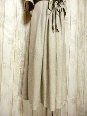 画像9: 大人フォークロア×切り返しデザイン 両袖に大きなウッド調ボタン×ウエストリボン結び ディアンドル チロルワンピース ドイツ民族衣装 舞台 演奏会 フォークダンス オクトーバーフェスト 【5852】 (9)