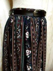 画像2: アンティークフラワー×ストライプ模様 ブラックレース装飾 ベルトSET チロルスカート ドイツ民族衣装 舞台 演劇 演奏会 フォークダンス オクトーバーフェスト 【5896】 (2)