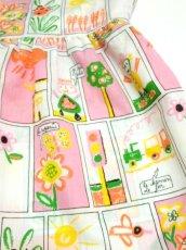 画像8: ☆ ヨーロッパ子供古着 vintageキッズ お絵かきプリント柄が可愛い ヴィンテージワンピース size130cm kids&baby ☆ (8)