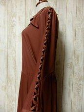 画像6: ドルマンライン ブラウン ウエストゴム レトロ 長袖 ヨーロッパ古着 ヴィンテージドレス 【6201】 (6)