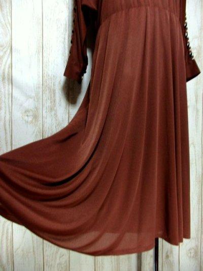 画像2: ドルマンライン ブラウン ウエストゴム レトロ 長袖 ヨーロッパ古着 ヴィンテージドレス 【6201】