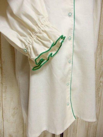 画像2: グリーンパイピング ホワイト パフスリーブ クラシカル ディアンドル チロルブラウス ドイツ民族衣装 舞台 演奏会 フォークダンス オクトーバーフェスト 【6256】