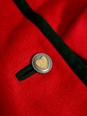 画像12: ハッと目を引くRed Collar ウッド調ボタン×ハートボタン装飾 シンプルながらもこだわりあり チロルスカート ドイツ民族衣装 舞台 演劇 演奏会 フォークダンス オクトーバーフェスト 【6275】 (12)