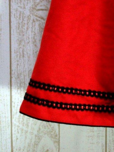 画像2: ハッと目を引くRed Collar シンプルながらもこだわりあり チロルスカート ドイツ民族衣装 舞台 演劇 演奏会 フォークダンス オクトーバーフェスト 【6287】