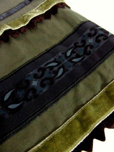 画像3: フランス製 カーキ 刺繍テープ ベロアリボンテープ レトロ フォークロア クラシカル ヨーロッパ古着 ヴィンテージスカート【6296】
