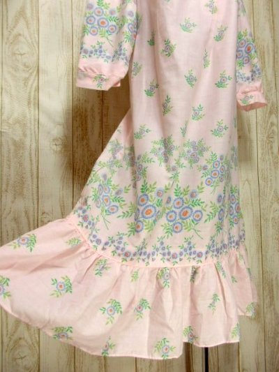 画像2: アンティークフラワープリント 淡いピンク レース装飾 レトロガーリー 長袖 ヨーロッパ古着 ヴィンテージドレス 【6331】