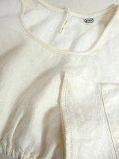 画像9: ショート丈 オフホワイト シンプルでスッキリとした雰囲気 ディアンドル ヴィンテージブラウス ドイツ民族衣装 舞台 演奏会 フォークダンス オクトーバーフェスト【6373】 (9)