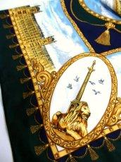 画像9: レトロアンティーク ヴィンテージスカーフ イギリス風景画×馬車柄【6458】 (9)