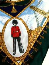 画像12: レトロアンティーク ヴィンテージスカーフ イギリス風景画×馬車柄【6458】 (12)