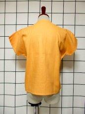 画像5: 刺繍装飾 内ボタンデザイン  レトロ 国産古着 半袖 シャツ ヴィンテージブラウス【6485】 (5)