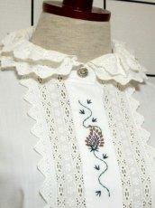 画像3: 刺繍 ダブルレース襟 ホワイト チロルブラウス ドイツ民族衣装 舞台 演奏会 フォークダンス オクトーバーフェスト 【6670】  (3)