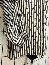 画像11: フィンランド製 北欧 ストライプ柄 小花柄 フリルタイ付 レトロ ヨーロッパ古着 長袖 ヴィンテージブラウス【6699】 (11)