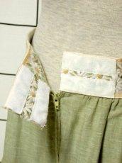 画像9: 花刺繍 グリーン リボンテープ コットン レトロ ヨーロッパ古着 ヴィンテージサーキュラースカート【6731】 (9)