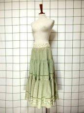 画像7: 花刺繍 グリーン リボンテープ コットン レトロ ヨーロッパ古着 ヴィンテージサーキュラースカート【6731】 (7)