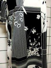 画像11: レトロモダン ホワイト ブラック 花柄 70's 半袖 昭和レトロ 国産古着 レトロワンピース【2245】 (11)