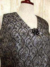 画像3: 花模様織り 胸元ビジュー装飾 シルバー ブラック 衣装にもおすすめ ノースリーブ レトロ ヨーロッパ古着 ヴィンテージドレス【4967】 (3)