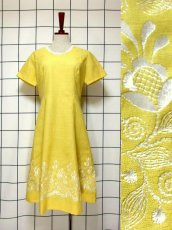 画像1: お花刺繍 レース装飾 フォークロア 半袖 レトロ ヨーロッパ古着 ヴィンテージドレス【5152】 (1)
