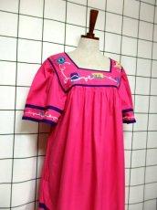 画像7: インド製 コットン ティーカップ刺繍 ピンク ふんわり 半袖 レトロ フォークロア ガーリー ヴィンテージドレス【6007】 (7)