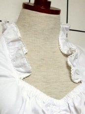 画像3: ショート丈 ホワイト 半袖 フリル ウエストリボン ウエストゴム ディアンドル ヴィンテージブラウス ドイツ民族衣装 舞台 演奏会 フォークダンス オクトーバーフェスト【6932】 (3)