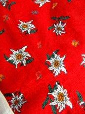 画像16: リネン 花柄 レッド ホワイト 前開き 花型ボタン 切り替えし ノースリーブ フォークロア ディアンドル チロルワンピース ドイツ民族衣装 舞台 演奏会 フォークダンス オクトーバーフェスト【6950】 (16)