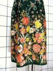 画像6: 花柄 ボタニカル柄 グリーン レトロ ヨーロッパ古着 ヴィンテージスカート【7045】 (6)