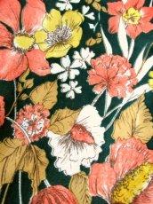画像9: 花柄 ボタニカル柄 グリーン レトロ ヨーロッパ古着 ヴィンテージスカート【7045】 (9)