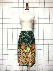 画像3: 花柄 ボタニカル柄 グリーン レトロ ヨーロッパ古着 ヴィンテージスカート【7045】 (3)
