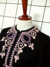 画像8: フォークロア 刺繍 ブラック 長袖 レトロ ヨーロッパ古着 ヴィンテージワンピース【7080】 (8)