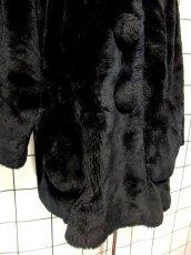 画像11: フェイクファー オーバーサイズ ブラック 黒 クラシカル 昭和レトロ 国産古着 ヴィンテージコート【5703】 (11)