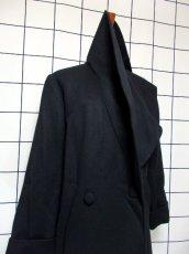 画像9: 大きな襟 ブラック 80〜90's レトロ 国産古着 ヴィンテージコート【7107】 (9)