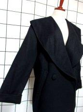 画像3: 大きな襟 ブラック 80〜90's レトロ 国産古着 ヴィンテージコート【7107】 (3)