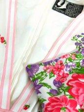 画像13: パーティースタイルにもおすすめ ホワイト 白 70's 花柄 ストライプ レトロ 長袖 ヨーロッパ古着 ヴィンテージドレス【7160】 (13)