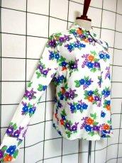 画像4: 花柄 ホワイト レトロ ヨーロッパ古着 長袖 シャツ ヴィンテージブラウス【7233】 (4)