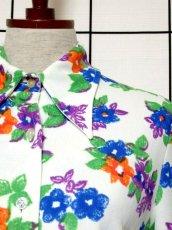 画像9: 花柄 ホワイト レトロ ヨーロッパ古着 長袖 シャツ ヴィンテージブラウス【7233】 (9)