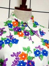 画像3: 花柄 ホワイト レトロ ヨーロッパ古着 長袖 シャツ ヴィンテージブラウス【7233】 (3)