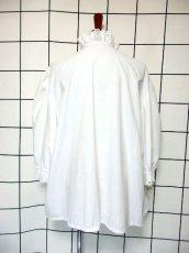 画像5: レース 刺繍 ホワイト フリル襟 パフスリーブ ディアンドル チロルブラウス ドイツ民族衣装 舞台 演奏会 フォークダンス オクトーバーフェスト【7258】 (5)
