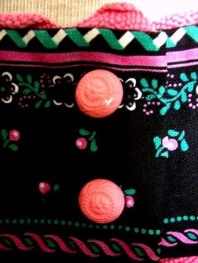 画像2: ピンク小花柄がとびっきり可愛い スカート裾アンティークレースも素敵 黒 ディアンドル チロルワンピース ドイツ民族衣装 舞台 演奏会 フォークダンス オクトーバーフェスト 【1309】