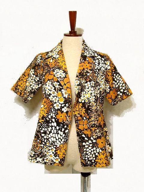 画像1: ☆ レトロフラワー満載♪めずらしい 春夏向きレトロジャケット ちょっとした羽織りに便利です♪ ☆ (1)