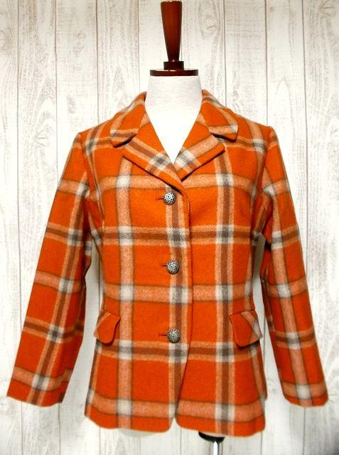 画像1: ヴィンテージジャケット ヨーロッパ古着 チェック柄×オレンジカラーが可愛い♪こだわり大きめレトロボタン装飾 (1)